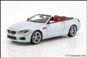 Dealer model BMW 2253656 - BMW CABRIO M6 F12 silverstone -  1:18 Scale
